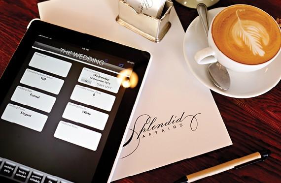 Splendid Affairs Planning Guide App Wedding Friends11